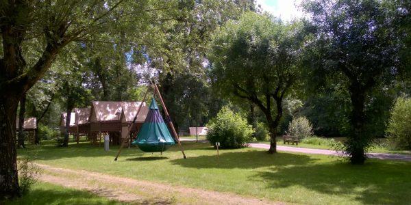 tente nid oiseau camping le Sabot